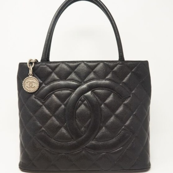 CHANEL Handbags - Chanel  Medallion Caviar Quilted Tote